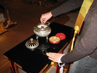 お焼香の仕方(写真1)